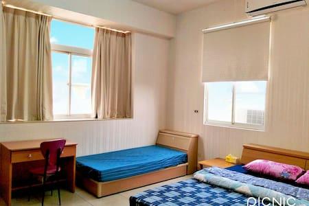 #潘潘的家 (旅宿B):1~3人房/打卡附每人免費早餐券。
