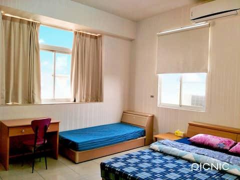 #潘潘的家 (旅宿B):雙人房(可+1人)/打卡附每人免費早餐券。