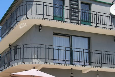 Sunny Room in Villa Elena in Mountain Zagora