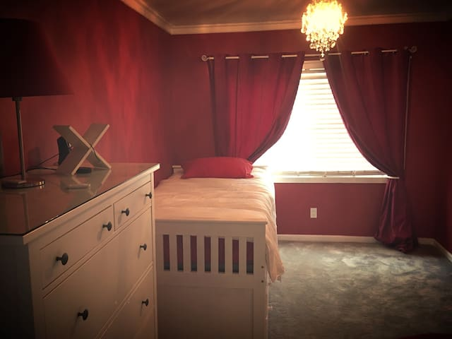 Cozy Bedroom with great amenities - Los Angeles - Maison