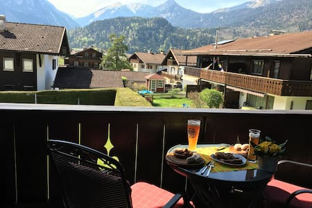 Upper Bavaria. 2- Room  with pool, sauna and WiFi - Farchant - Wohnung
