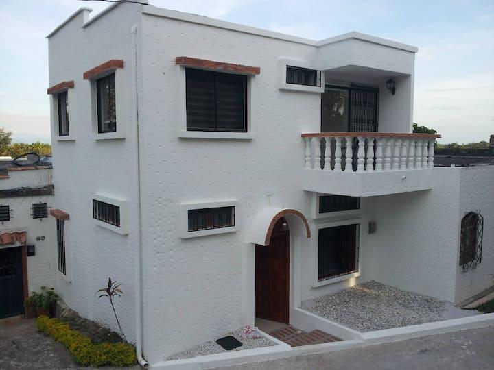 Casa#20 en Aldea Doradal, el Santorini Colombiano