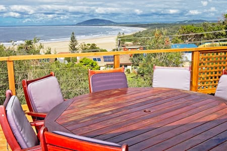 Tully's @ the beach- cute and tidy, stunning views - Gerroa