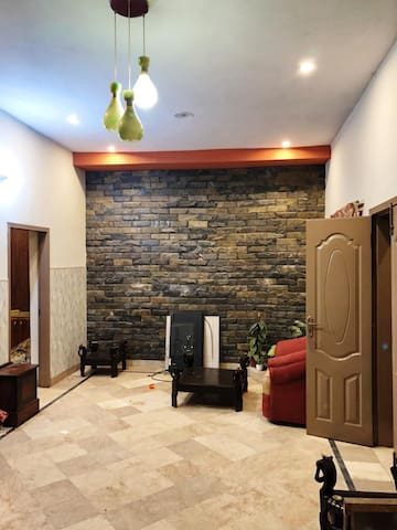 Luxury Private Rooms Available in center of city
