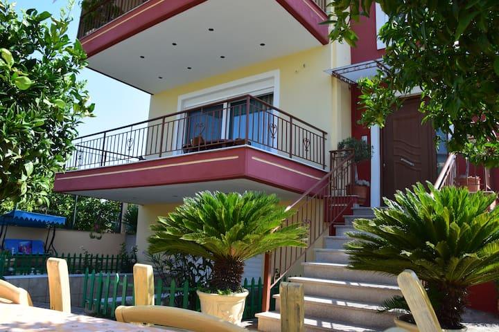 Lemon trees house by Temeni, nearby the seaside