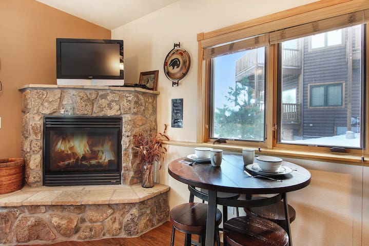 Lookout Mountain 27B - 1 Br condo with private hot tub, 2 fireplaces, Marys Lake and mountain views!