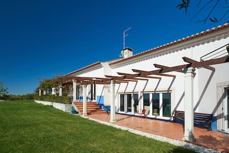 Amazing Country Villa with swimming pool - Ericeira