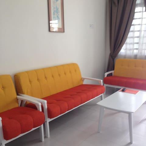 Nor Ilman Homestay Unit 3, Melaka - Melaka - House