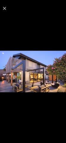 Perfect location, perfect accommodation.