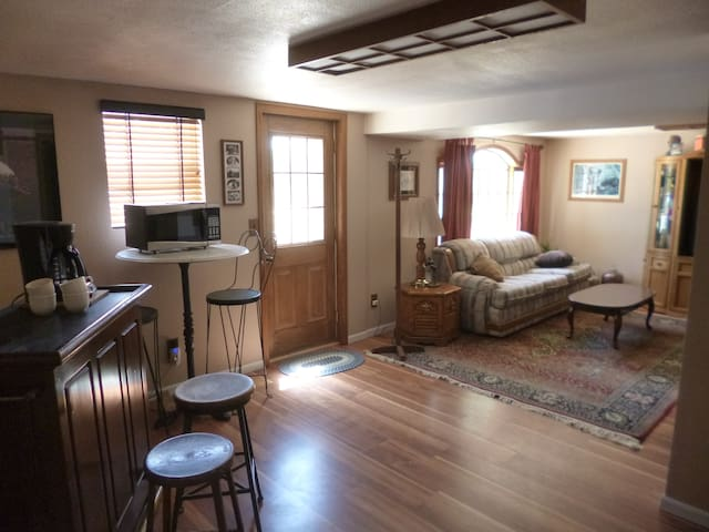 Cozy, Private Suite in the West - Flagler - Hus