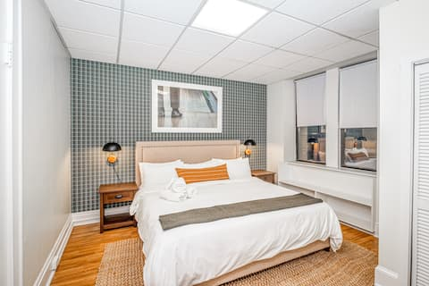 Gorgeous 2BR in Downtown Boston | Evonify