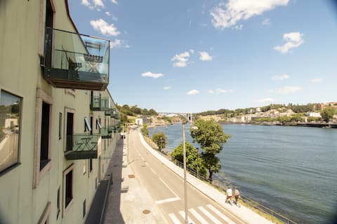 Douro Triplex - stunning RIVER views