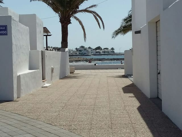 APARTMENT  IN LANZAROTE 50 MT. FROM THE  BEACH