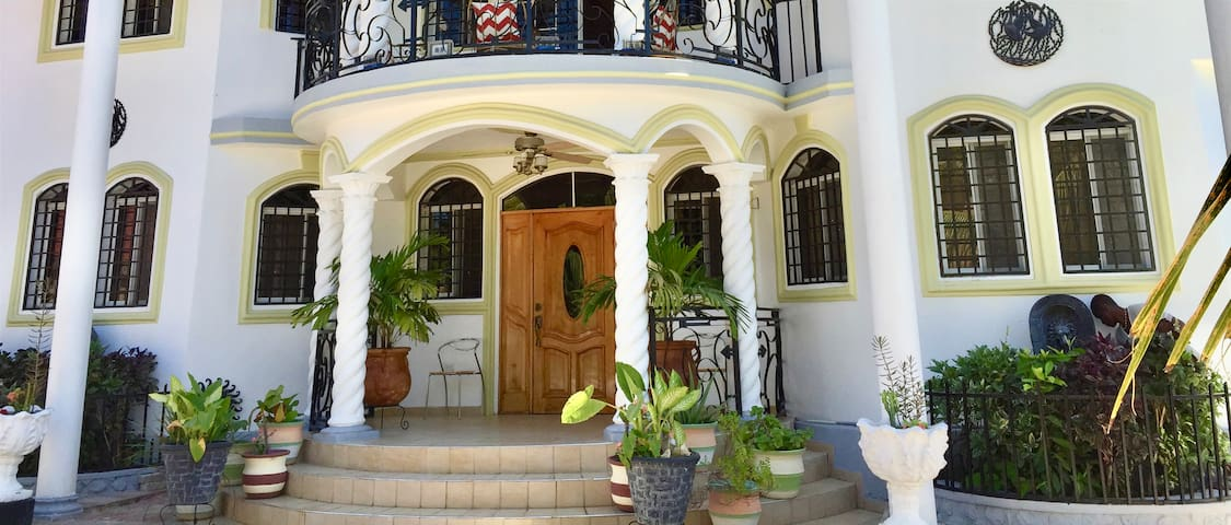 Villa Lamarre Hotel and Beach House
