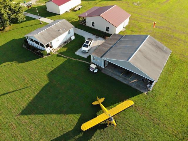 Pilots retreat. Fly in to Hale's Landing