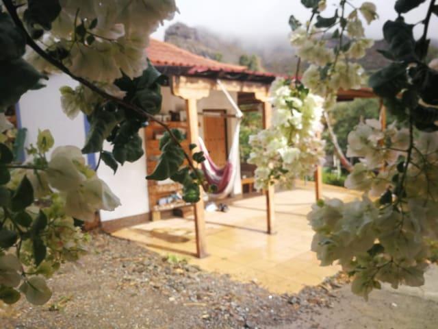 'Peace&Love' room, Eco-villa Ecotara