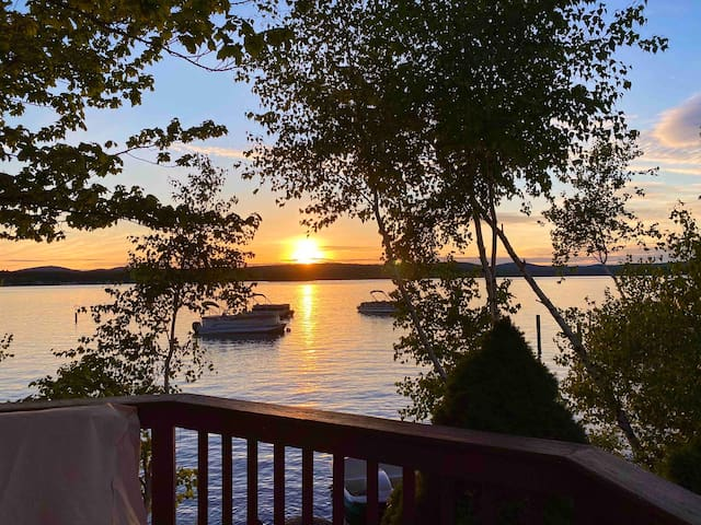 1 Bedroom Lake Winnipesaukee Cottage on Paugus Bay