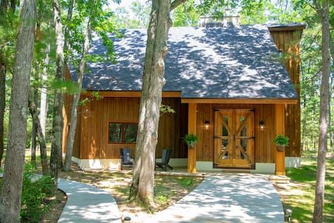 Glen Arbor Barnhouse on the Crystal River.