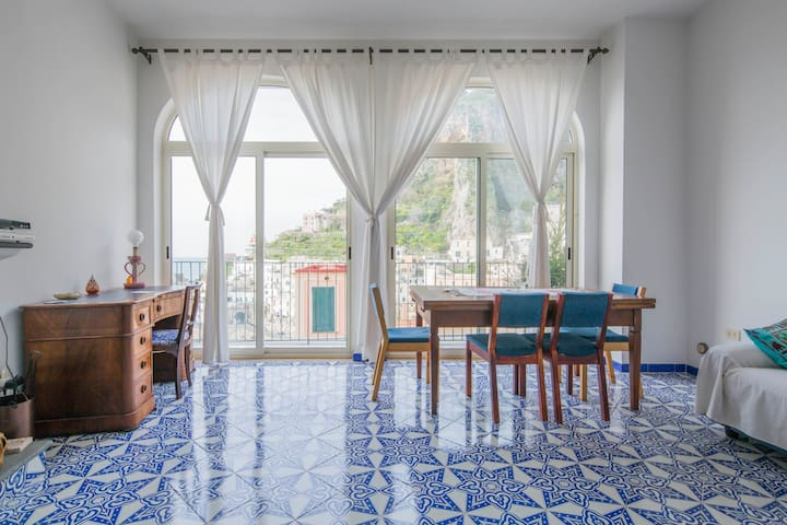 Atrani Best Home Stay - Atrani - Huis