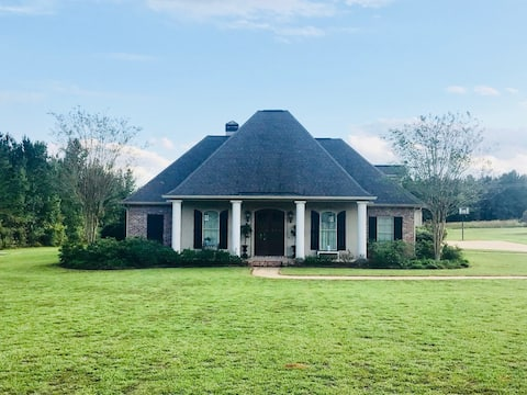 5 Star Country Manor! Near Squire Creek golf