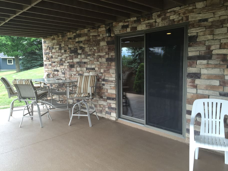 Your Private Entrance, patio space