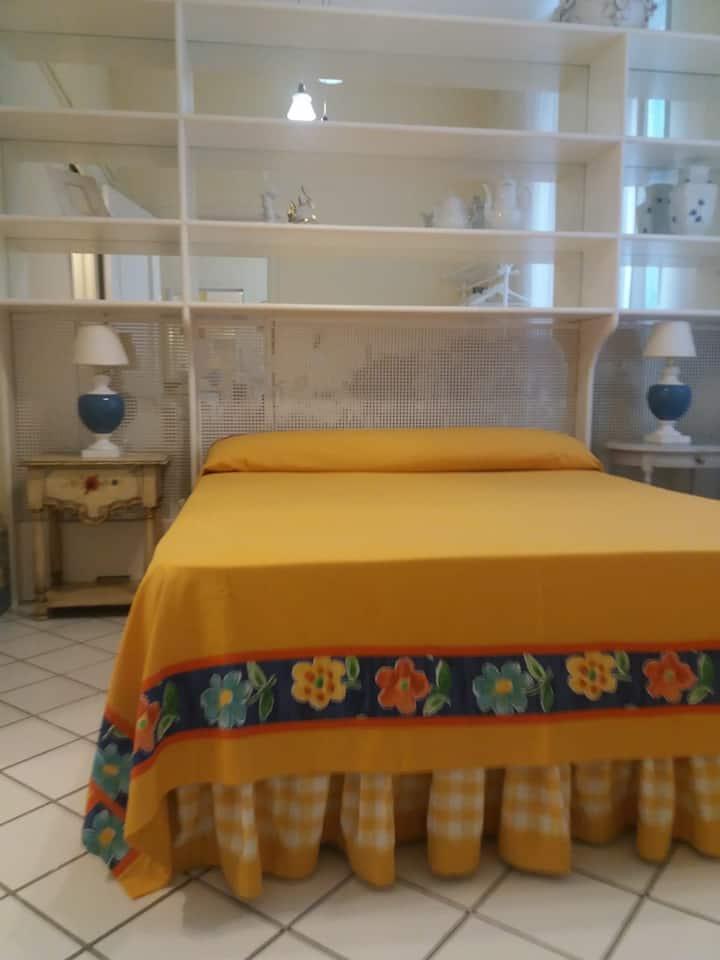 Nice  little Room  near Hotel. Parco dei Principi