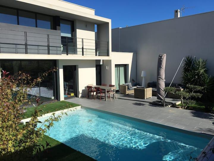 Perpignan, villa d'architecte avec piscine