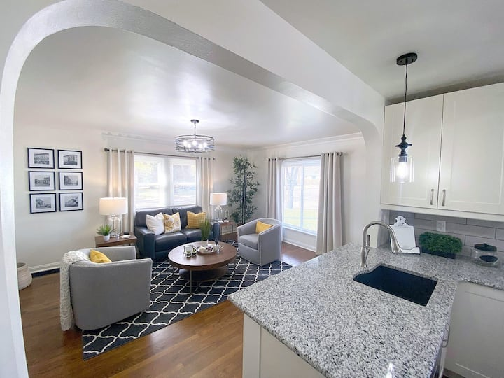 Newly Remodeled | 3 BR | 2 BA | Sleeps up to 6