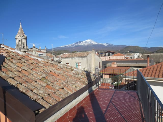 Beautiful loft between Etna/sea - Trecastagni - Leilighet