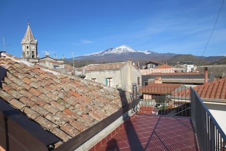Beautiful loft between Etna/sea - Trecastagni