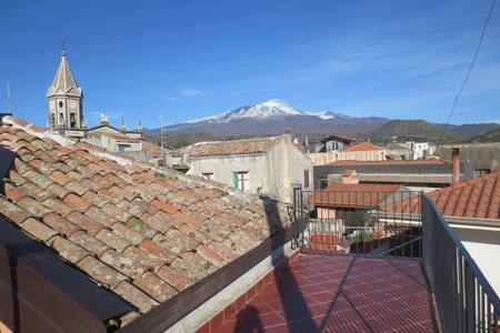 Beautiful loft between Etna/sea - Trecastagni - Apartemen