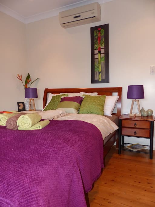Comfy queenbed room for two