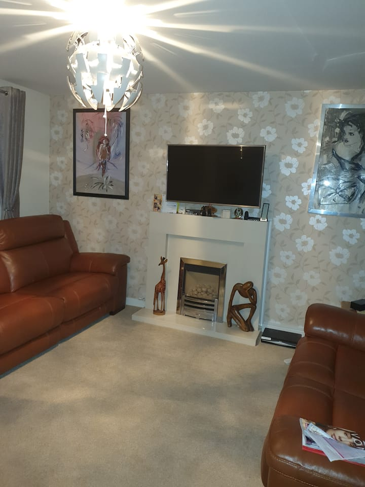 Maidstone  property, quiet,warm and cosy