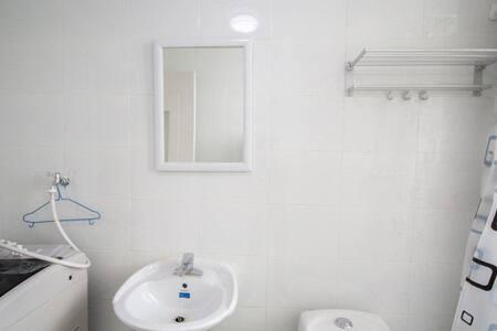 高档住宅小区精装修套房公寓 - Quzhou Shi