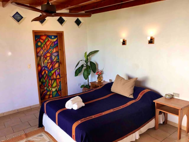 Lake Atitlán & volcano views from bed, beautiful warm decor, well designed space, attention to details, amazing gardens, private lake access & everything you need to be happy & comfortable is in Casa Diamanté.   Welcome to paradise!