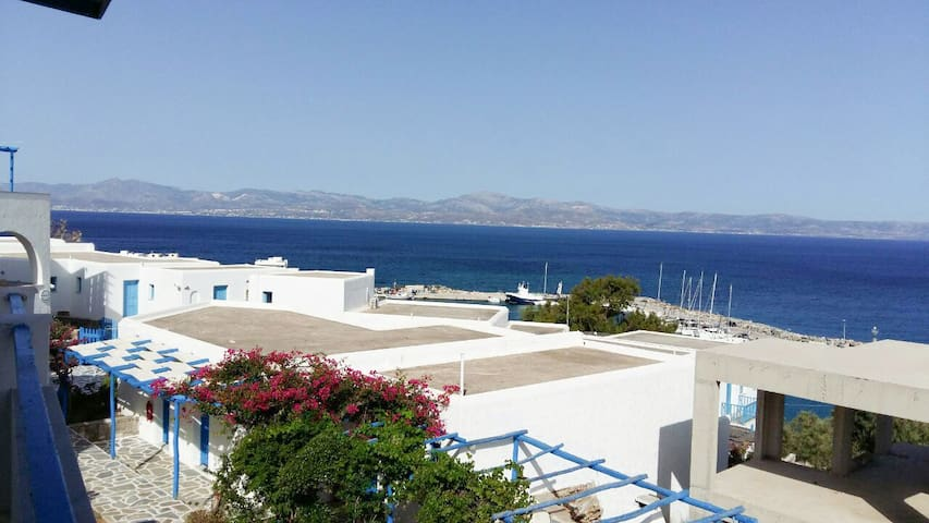 Total sea view Apartment with big balcons - Piso Livadi - Apartment