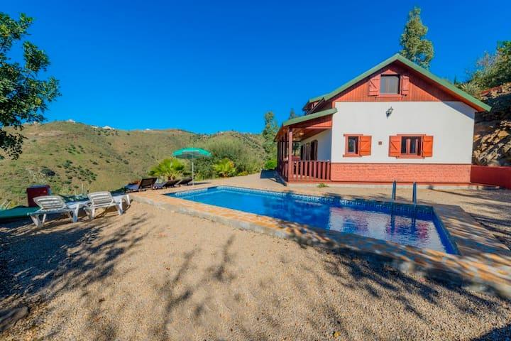 Casa con piscina privata (Aries)