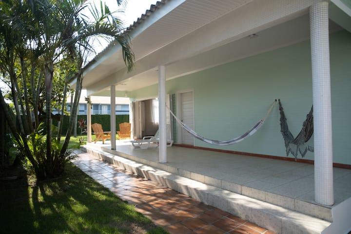 Espaçosa casa de praia para famílias