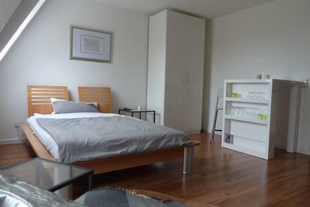 Gemütliche und moderne Wohnung - Oldenburg
