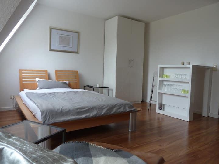 Gemütlich und moderne Wohnung First