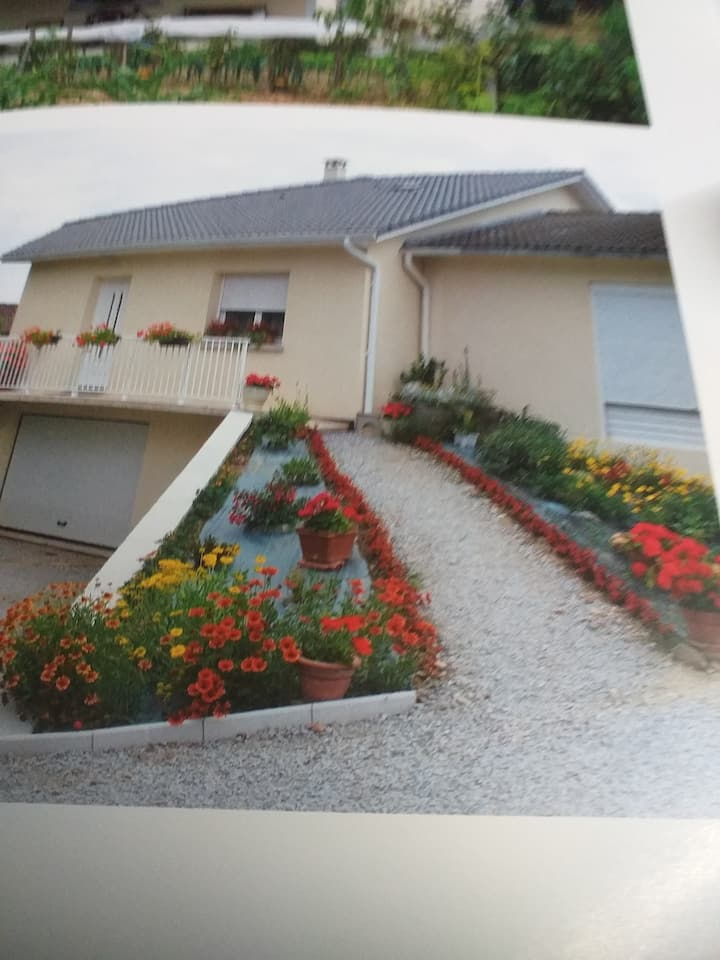 COUZEIX LIMOUSIN  GUEST HOUSE  2 CH/ 6 COUCHAGES