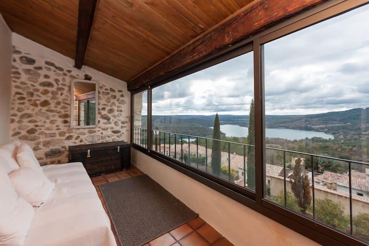 Magnifique maison avec terrasse