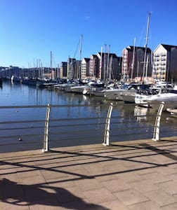 Marina Living Near Historic Bristol - Portishead