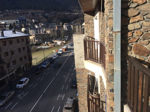 El Moli - spacious two floored apartment - La Massana