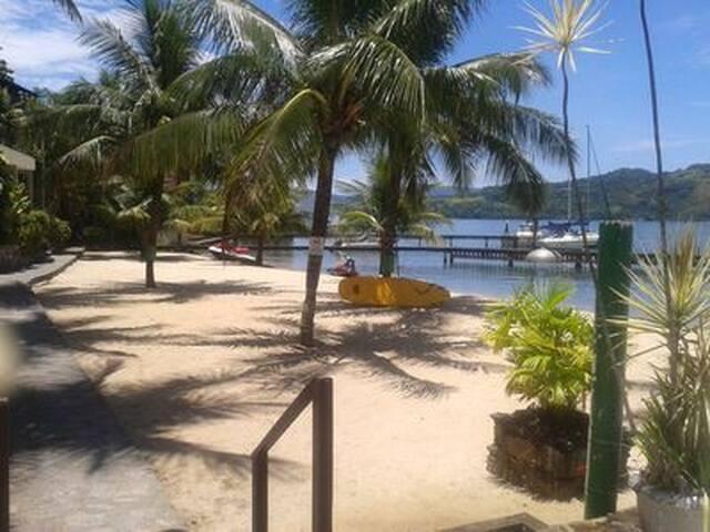 Maravilha de Angra Condomínio Praia do Engenho.