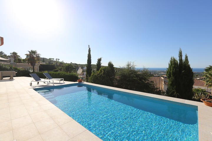 Spectacular house for rent with sea views, Dénia