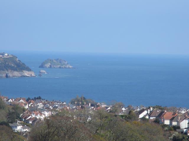 English Riviera - 'Thistle Dew' with sea views