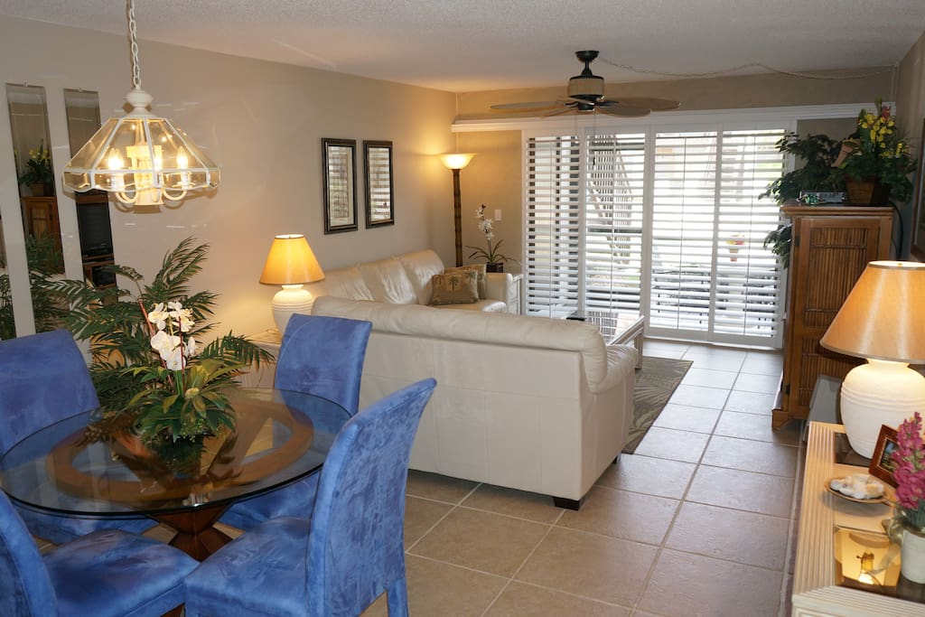Charming Condo Steps From Siesta Key Beach Condominiums For Rent In Sarasota Florida United