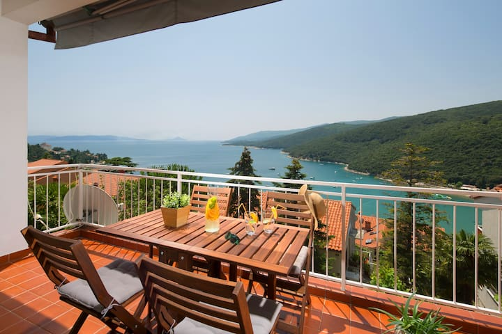 Apartment ANA  4+2 person (80+10m²) - Rabac - Appartement