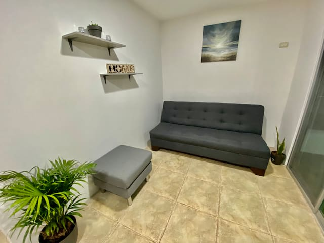 Sala con sofá cama